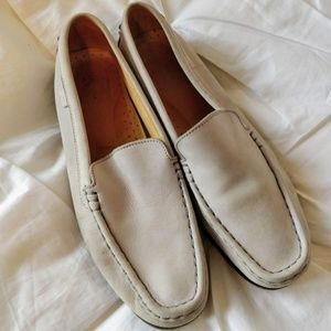 Escada Sport Cream Leather Driver Loafers Size 39